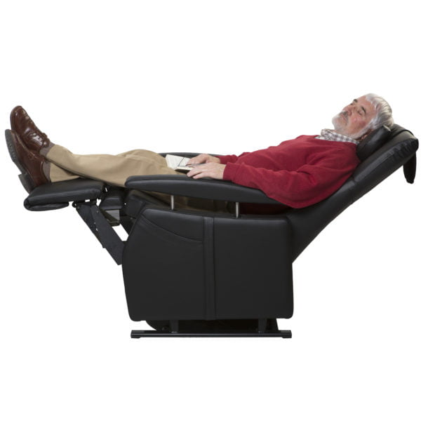 574__Standard_in_leather_with_man_resting_position_-_kopie
